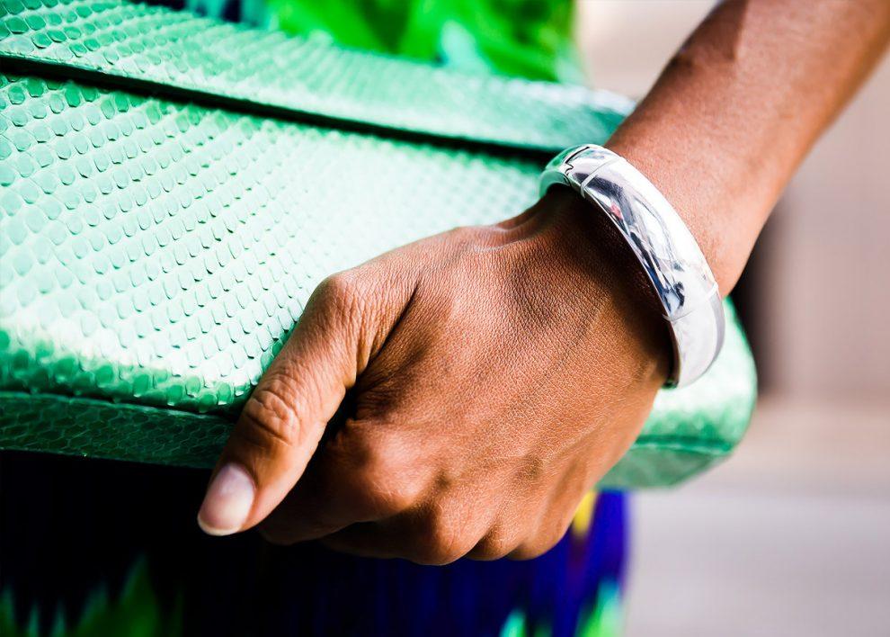 MEMI : Bracelet connecté de luxe pour femme