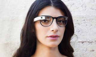 Google Glass s'associe avec Intel
