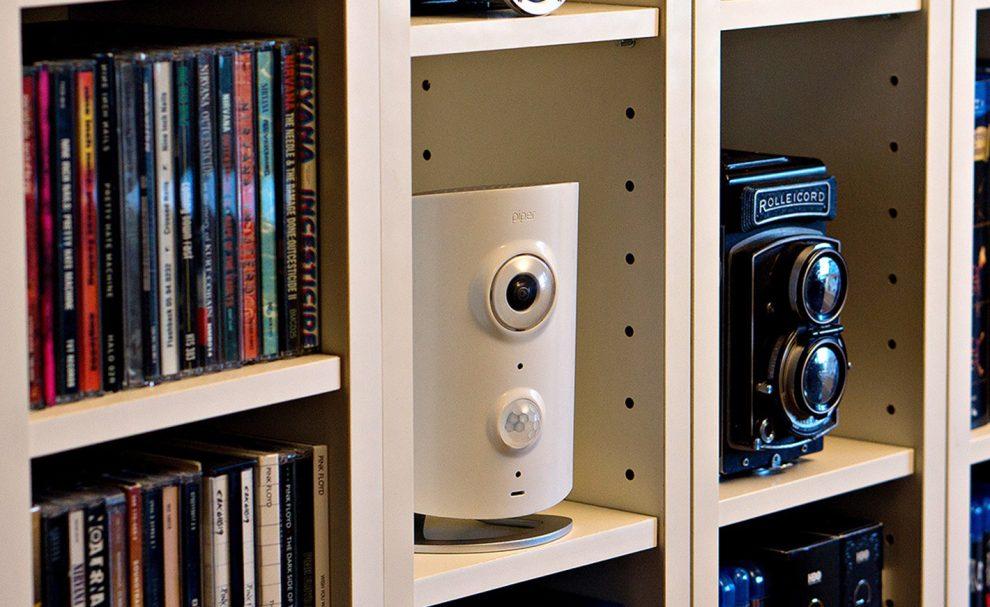 test de piper une cam ra de vid o surveillance connect e. Black Bedroom Furniture Sets. Home Design Ideas