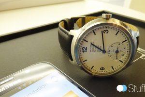 La smartwatch Mondaine