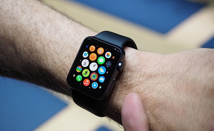 Premiers retours sur l'Apple Watch