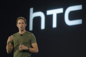 Le designer du HTC One M9 s'en va chez Fitbit