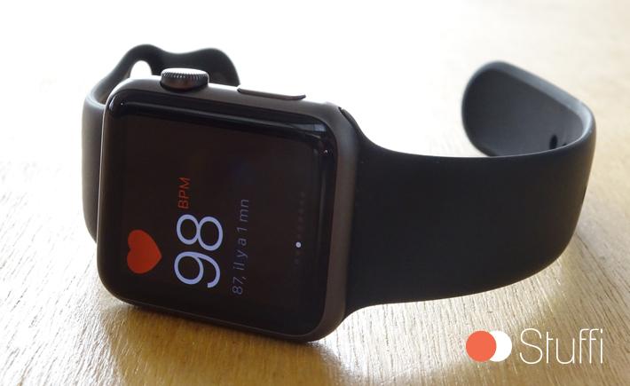 l 39 apple watch met jour la fr quence cardiaque. Black Bedroom Furniture Sets. Home Design Ideas
