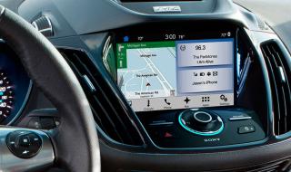Le système Smart Device Link dans une voiture
