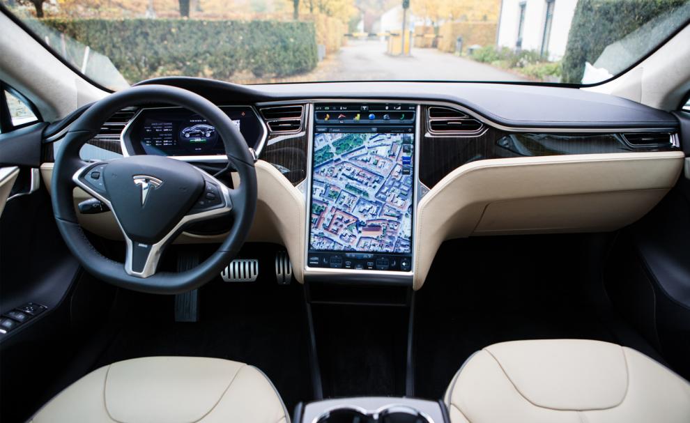 Le centre de contrôle de 17 pouces des Tesla