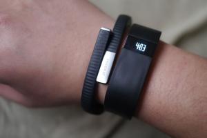 Fitbit vs Jawbone