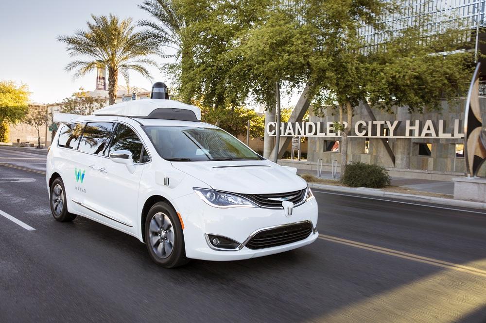 En un mois, les taxis autonomes de Waymo ont transporté 6 299 passagers