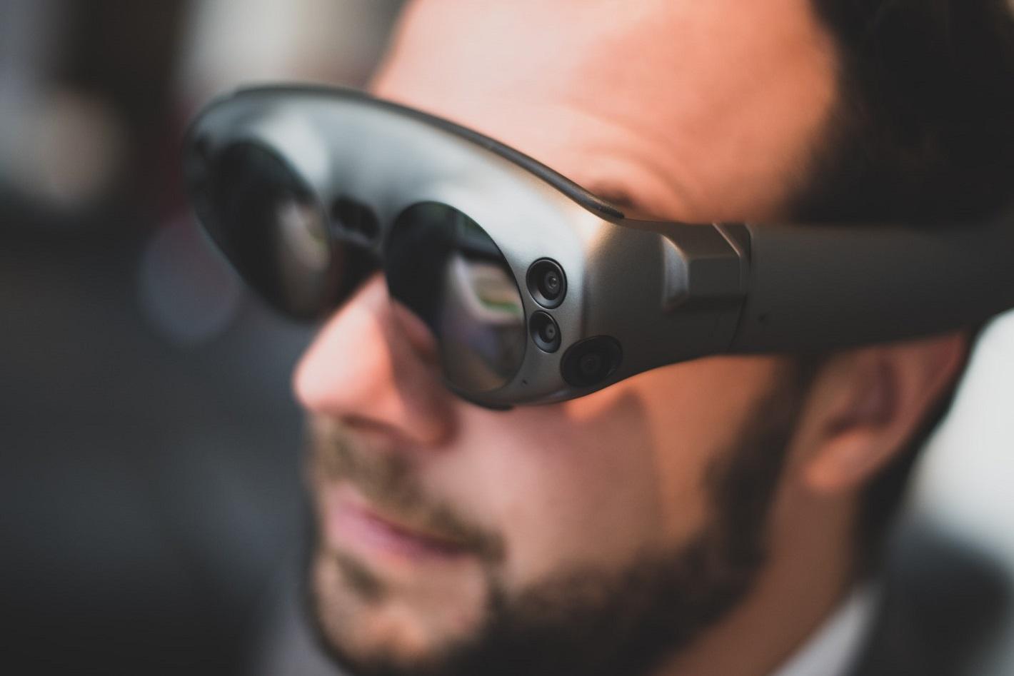 Réalité Virtuelle et Augmentée - cover