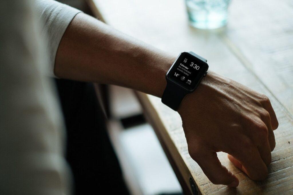 La livraison mondiale de Smartwatch a augmenté de 12 %